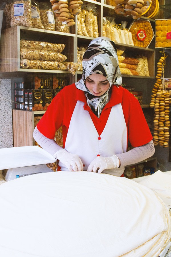 Yufka sales girl. Get ready to make some borek (Turkish). I don't have a Yufka recipe, so I have to buy it.