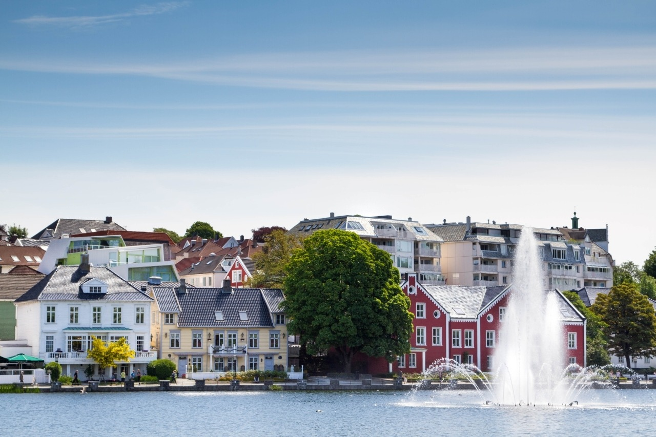 Fountain and lake in Stavanger