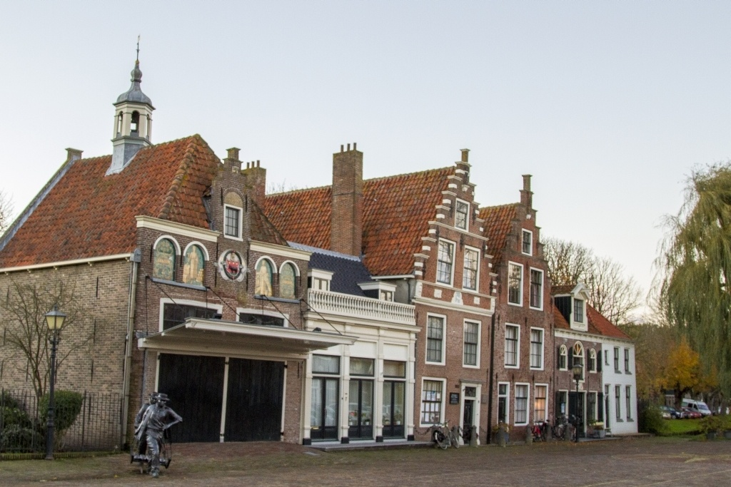 Edam Cheese Market Square