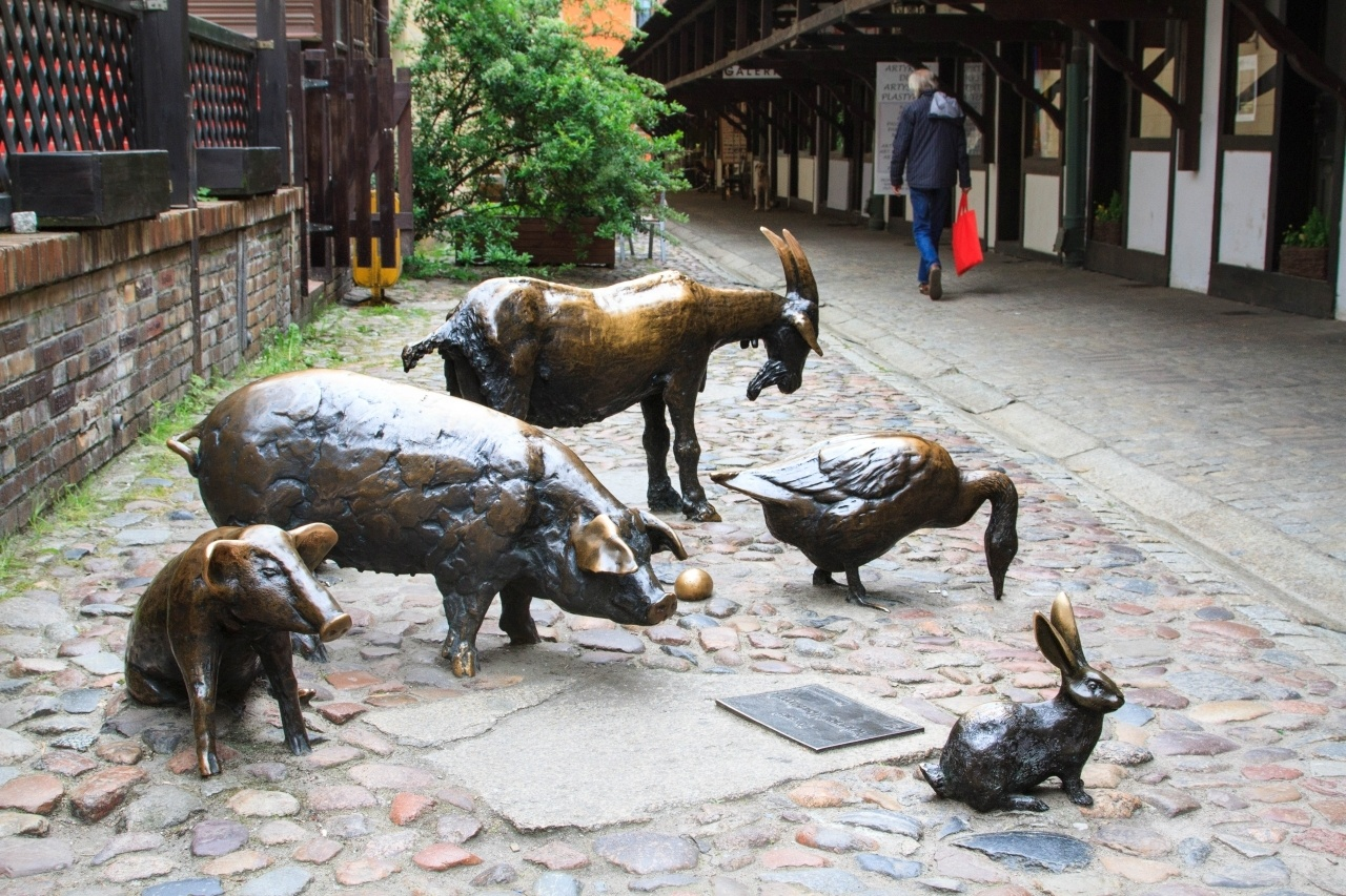 Statues of two pigs, a goat, a hare, and a goose is the Memorial to Slaughtered Animals.