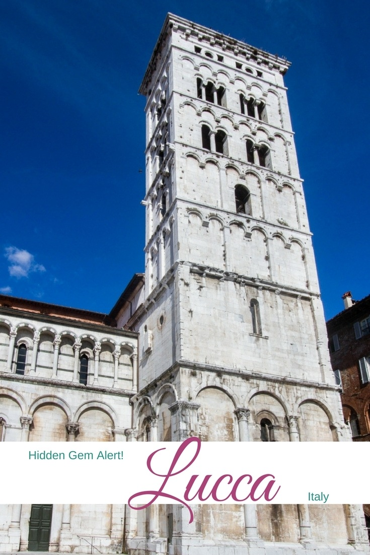 I love Tuscany, and I especially love this quaint, gorgeous Italian city - Lucca! Click here so you can plan your day trip from Cinque Terre, Pisa, or Florence. ...............................day trip | travel guide | things to do | weekend | citybreak | Italy | road trip | travel inspiration | travel photography