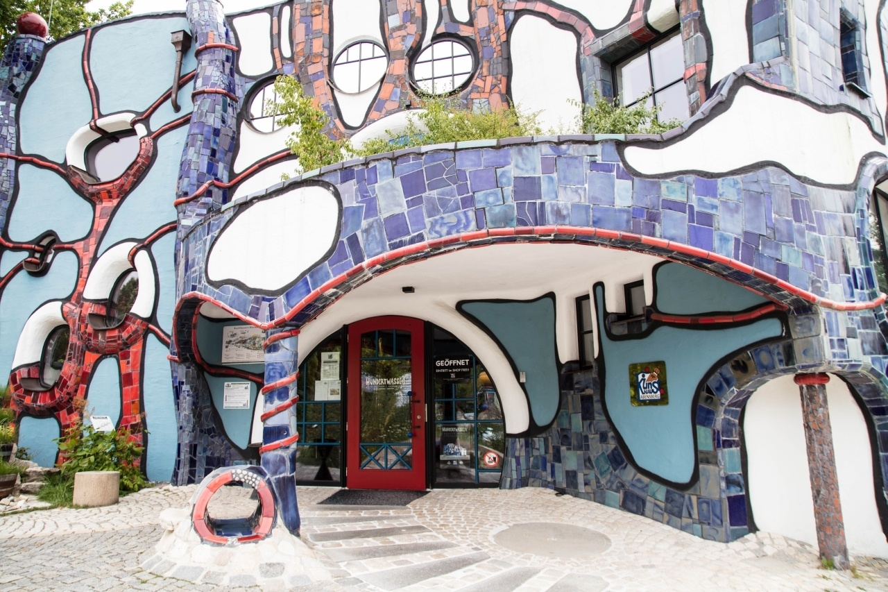 Hundertwasser Kunsthaus doorway