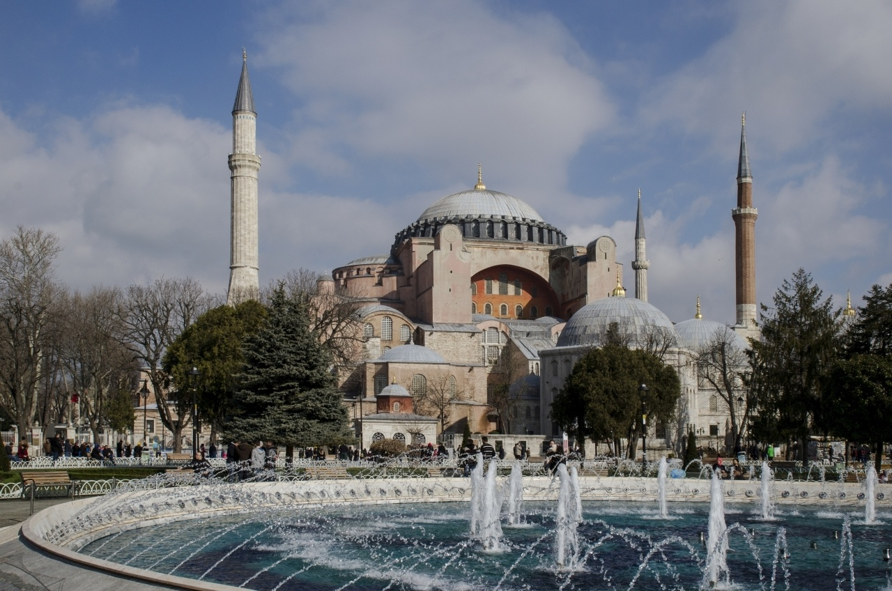 Hagia Sofia and fountain in Instanbul, Turkey