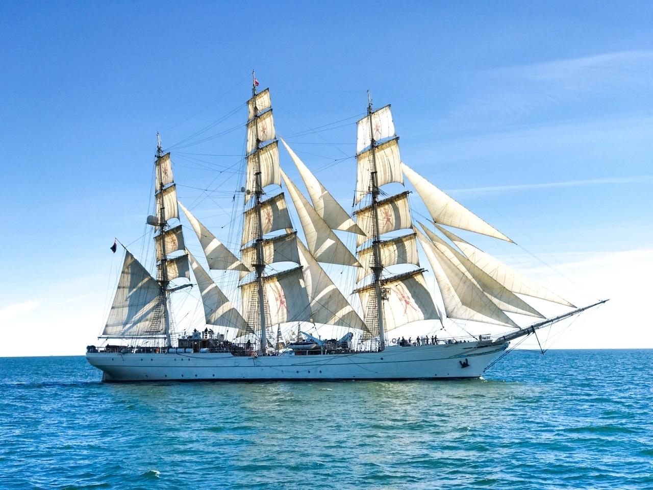 tall-ships-sailing-vacation