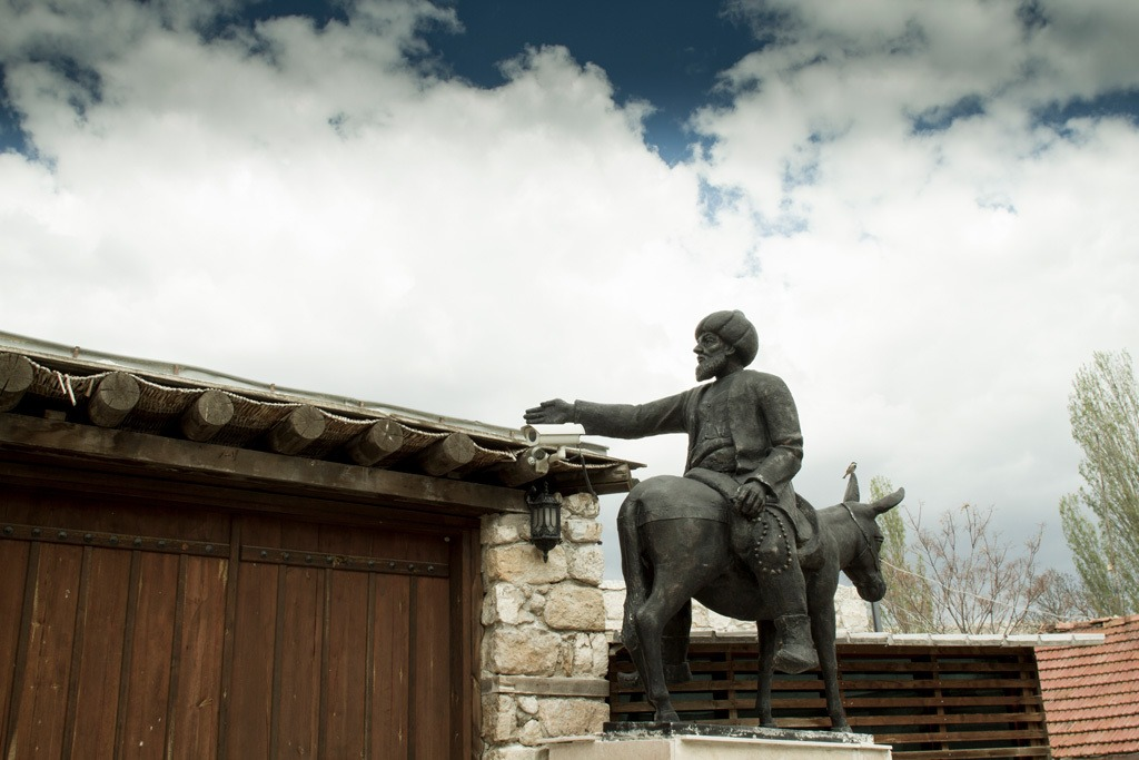 Turkey Travel Guide - Nasrettin Hoja is a little off the beaten path, but one of our favorite stops. Here is a statue of the famous Hodja himself.