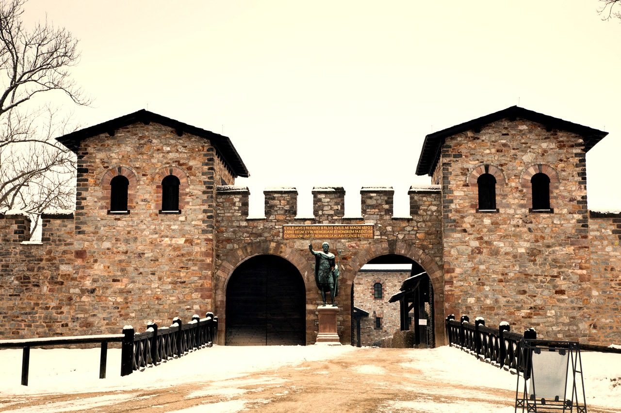 The Saalburg fort's main gate, Porta Praetoria.