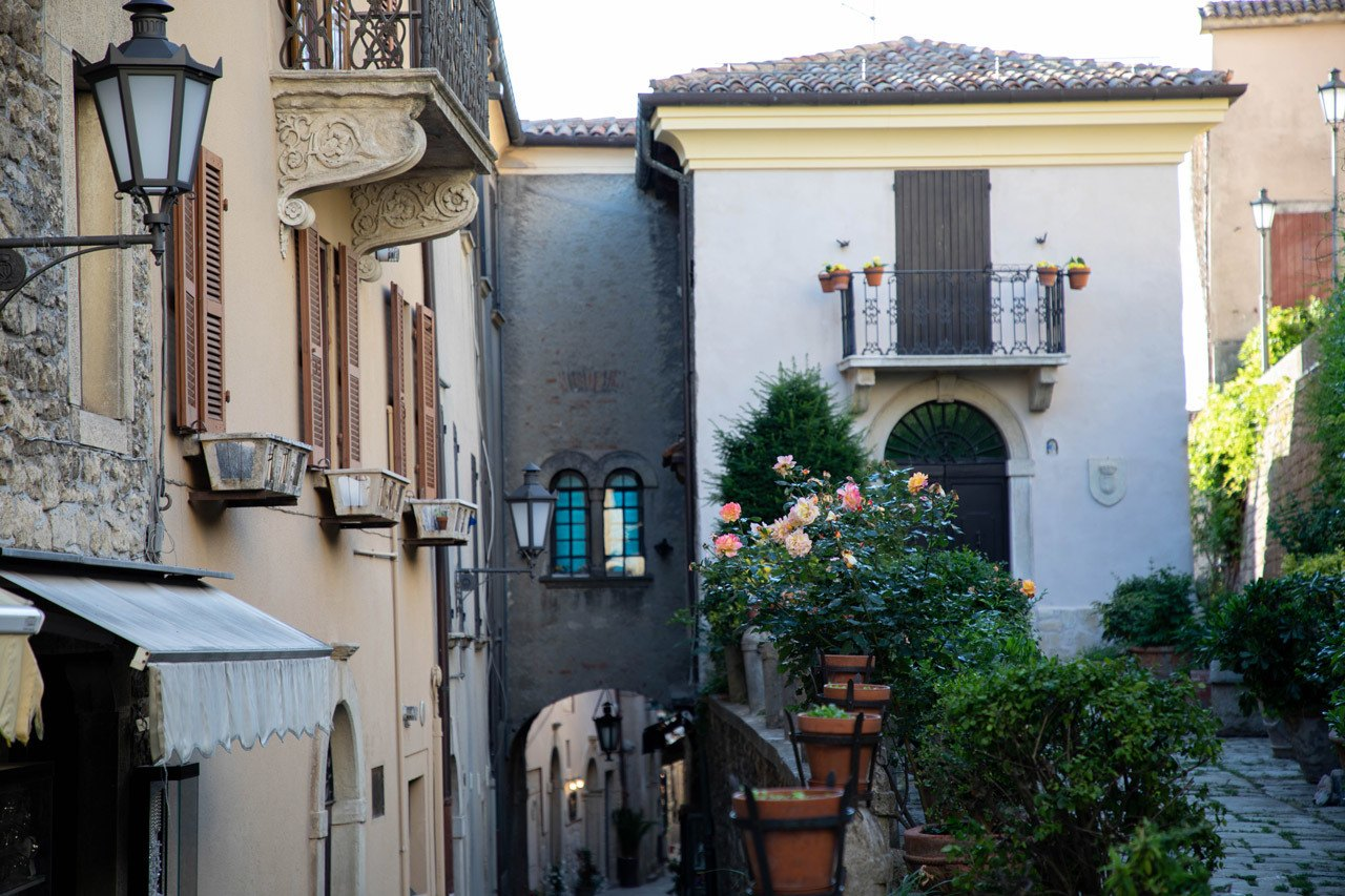 San marino Attractions - Quiet neighborhoods