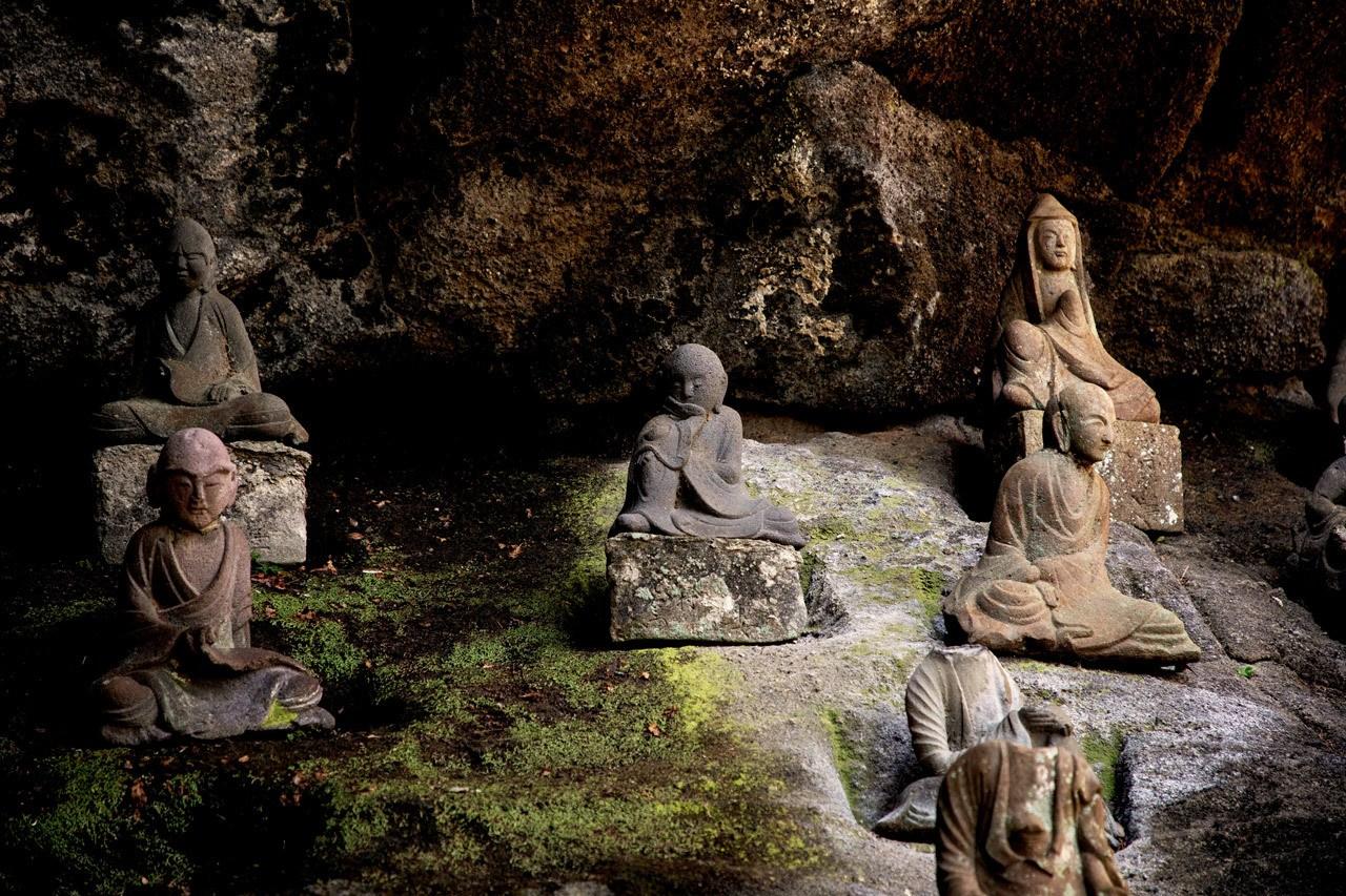 Small statues called rakkan line much of the path on Nokogiriyama