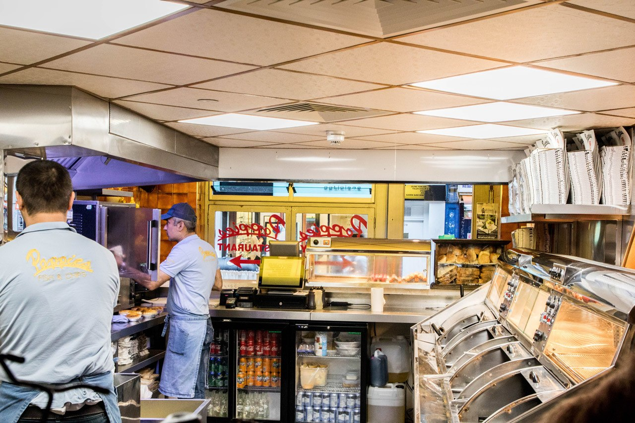 Traditioanl English FOod - Inside the Chippie