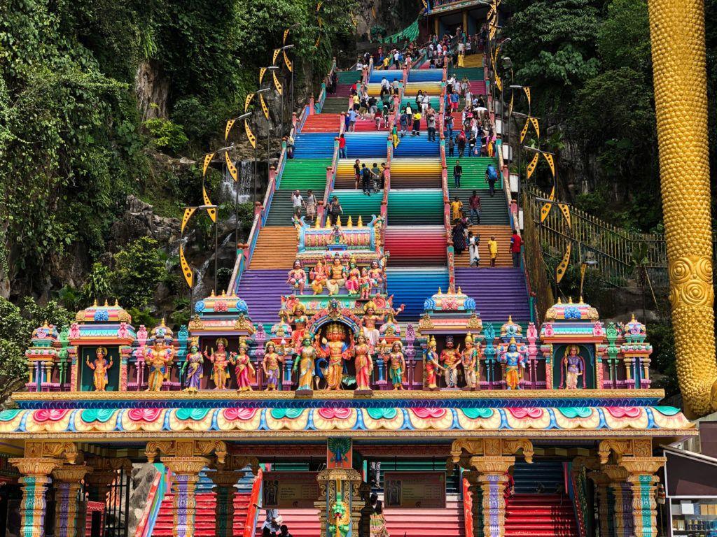 Батские ступени, ведущие к пещерам. Куала-Лумпур Куала-Лумпур Batu Steps 1 1024x768